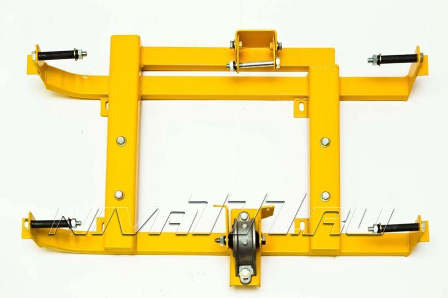 Установка подрамника раздаточной коробки (РК) с тремя опорами на Ниву (1)