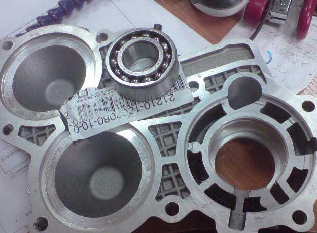 Установка крышек раздаточной коробки (РК) нового образца с двухрядными подшипниками на Ниву и Шевроле Ниву (2)