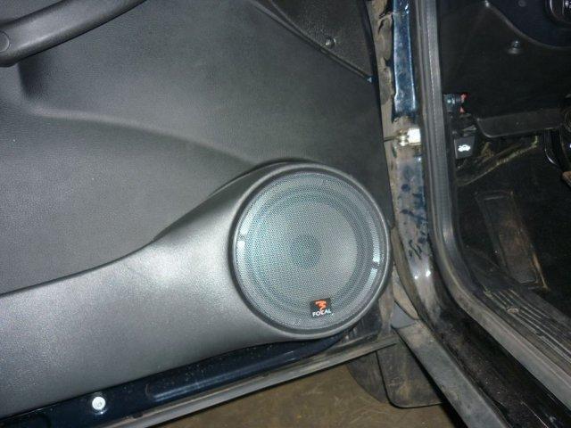 Установка аудио и видеосистем на Шевроле Ниву (4)
