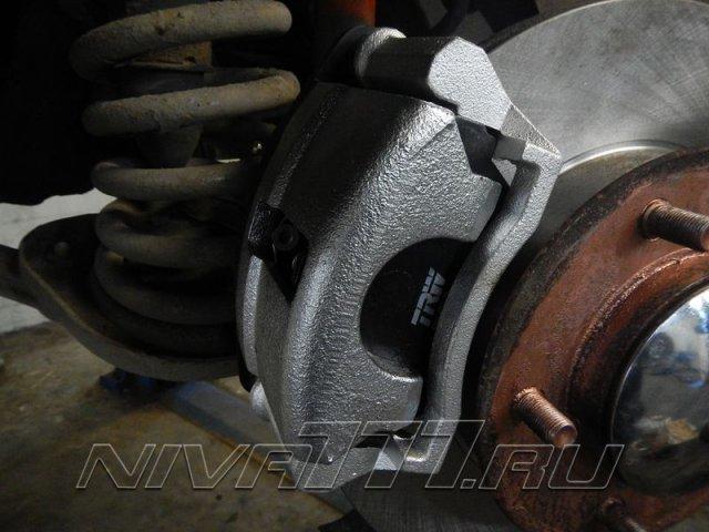 Передние вентилируемые тормоза на Ниву (5)