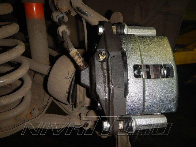 Передние вентилируемые тормоза на Ниву (7)
