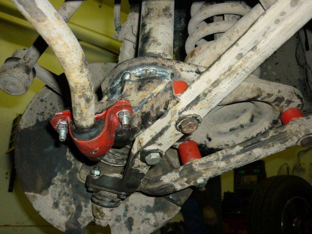 Лифт подвески Нива и Шевроле Нива для установки колес увеличенного диаметра 235/75R15 (29 дюймов) (2)