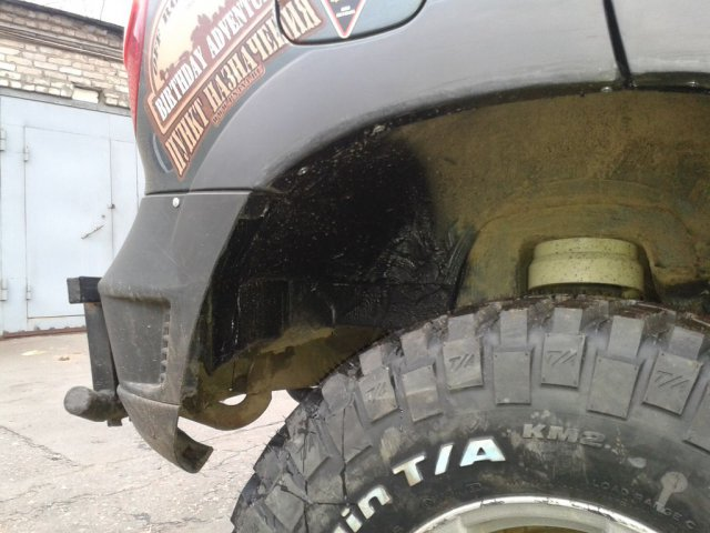 Доработка кузова (резка арок) Шевроле Нивы для установки 31-х колес (7)