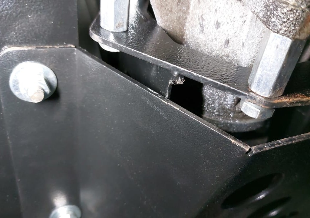 Установка моноблока КПП+РК наНива и Lada Niva Legend (13)